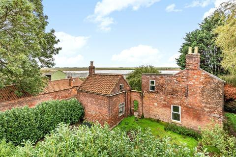 4 bedroom detached house for sale - Main Road, Friskney, PE22