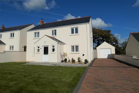 4 bedroom detached house for sale - Leven Close, Hook, Haverfordwest
