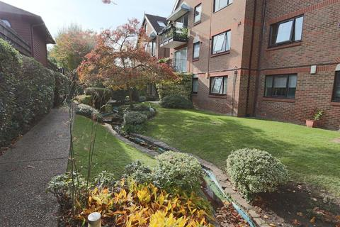 2 bedroom apartment for sale - French Apartments, Purley