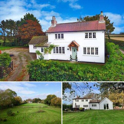 4 bedroom detached house for sale - Burnby, York