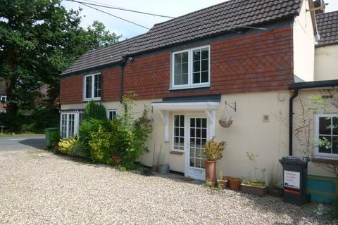 2 bedroom semi-detached house to rent - Baughurst