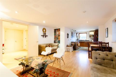 1 bedroom flat to rent - Newton Place, London