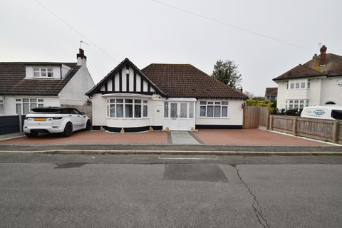 4 bedroom bungalow for sale - Willoughton Road, Skegness, PE25