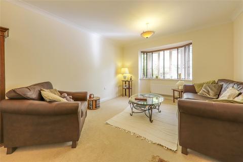 3 bedroom semi-detached house to rent - Goddard Way, Bracknell, Berkshire, RG42