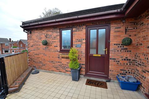 2 bedroom flat for sale - Brunswick Road, Buckley