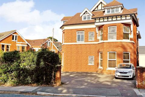2 bedroom flat for sale - Alumhurst Road, Alum Chine, BH4
