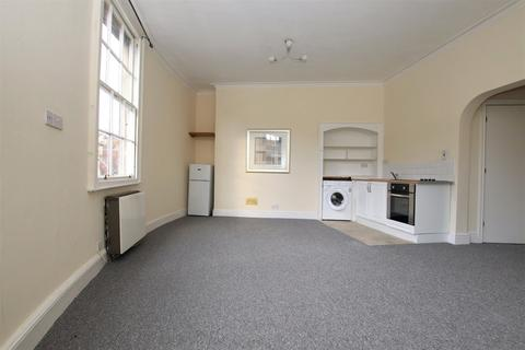 1 bedroom apartment to rent - Cleveland Place East, Bath