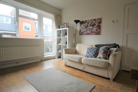 1 bedroom flat to rent - Merceron Houses,  Bethnal Green, E2
