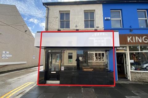 Retail property (high street) to rent - 4 High Street, Cowbridge, Vale of Glamorgan, CF71 7AG