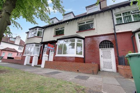 2 bedroom apartment to rent - Dovedale Road, Mossley Hill, Liverpool, L18 1JX