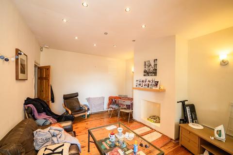 3 bedroom flat to rent - Helmsley Road, Sandyford, Newcastle upon Tyne