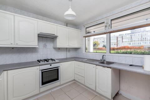 3 bedroom flat to rent - Giraud Street, London E14