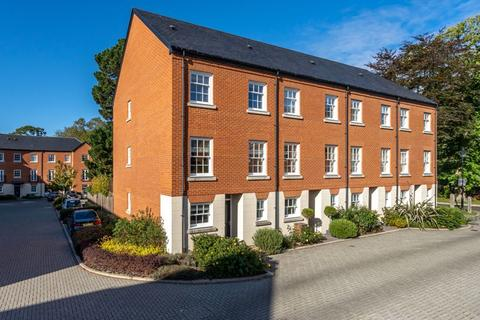 4 bedroom end of terrace house for sale - Penny Acre, Chichester