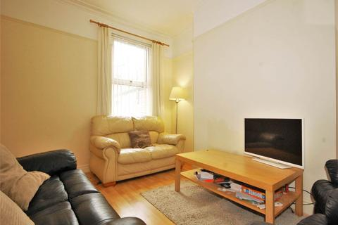 3 bedroom house share to rent - Madelaine Street, Off Princes Avenue, Liverpool