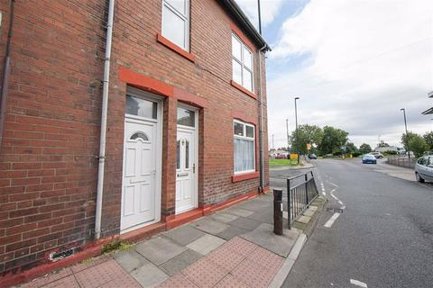 2 bedroom flat for sale - Norham Road, North Shields, Tyne And Wear, NE29