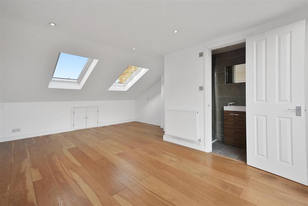 Caithness Road   Bedroom F3 (1).JPG