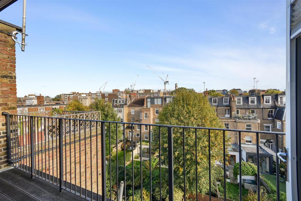 Caithness Road   Roof Terrace3 (1).JPG