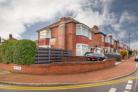 3 bedroom detached house for sale - Dovedale Gardens, High Heaton, Newcastle Upon Tyne