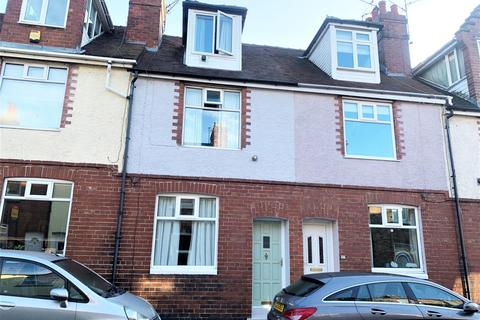3 bedroom terraced house for sale - Montague Street, South Bank