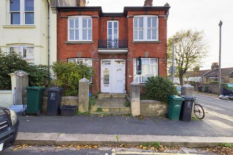 2 bedroom flat for sale - Shanklin Road, Brighton