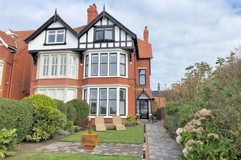 7 bedroom semi-detached house for sale - South Promenade, St Annes On Sea