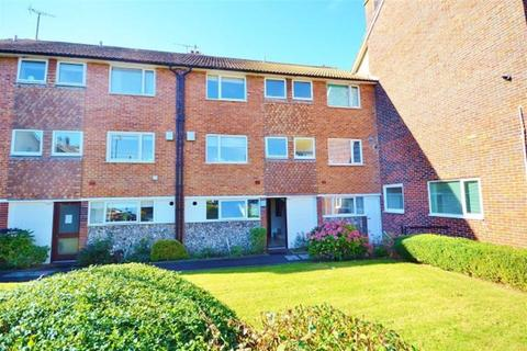 2 bedroom flat for sale - St Peters Close, Hove