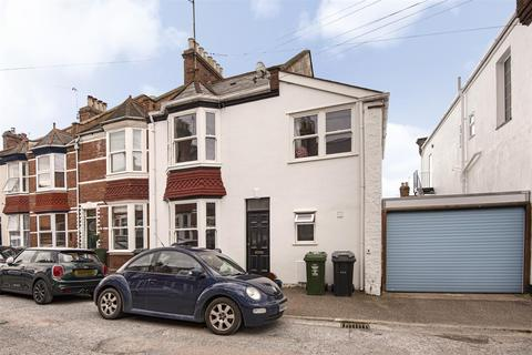 4 bedroom semi-detached house for sale - Kimberley Road, St Leonard's