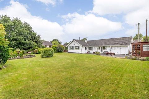 3 bedroom bungalow for sale - Chepstow Road, Crick, Monmouthshire, NP26