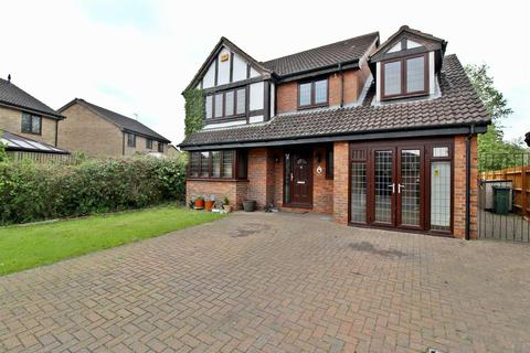 4 bedroom detached house to rent - Flora Thompson Drive, Newport Pagnell, Milton Keynes
