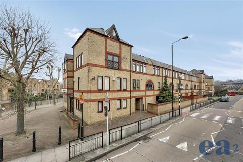 1 bedroom house share to rent - Vaughan Way, London