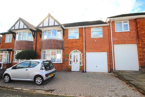 4 bedroom semi-detached house for sale - Edward Avenue, Braunstone Town
