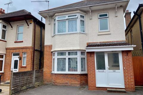 4 bedroom house to rent - STUDENT FOUR BEDROOM, WINTON