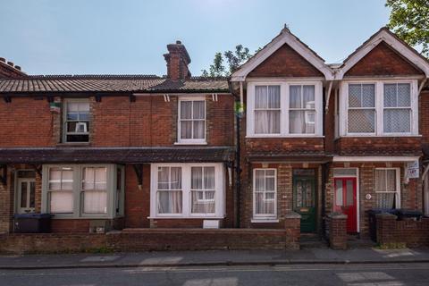 2 bedroom house to rent - Kirbys Lane, Canterbury