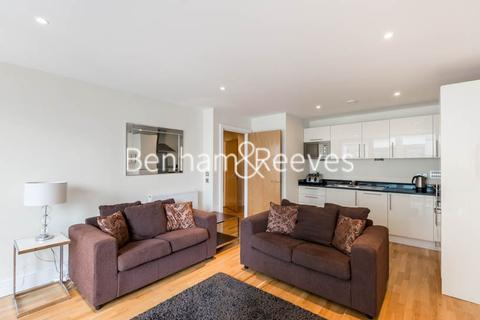 1 bedroom apartment to rent - Millharbour, South Quay, E14