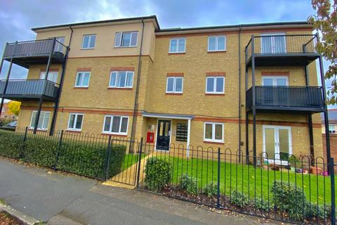 2 bedroom flat - Stanwell,  Staines-Upon-Thames,  Surrey,  TW19