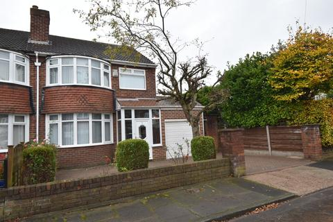 3 bedroom semi-detached house for sale - Welbeck Avenue, Davyhulme, M41