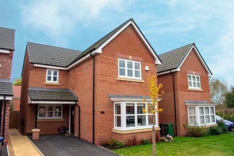 3 bedroom detached house for sale - Britten Crescent,  Moulton, CW9