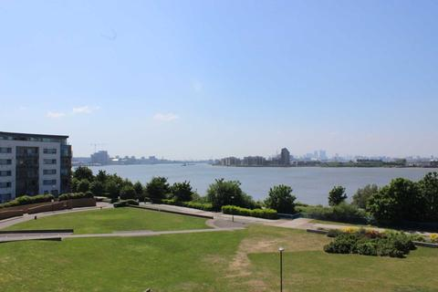 2 bedroom apartment for sale - Tideslea Path, Thamesmead West, SE28 0NH