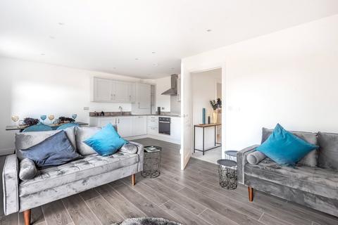 2 bedroom apartment - Wheeler Court, 139 Oxford Road, Kidlington, OX5