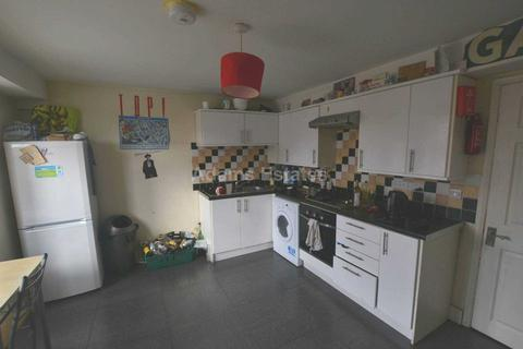 3 bedroom flat to rent - Wokingham Road, Reading