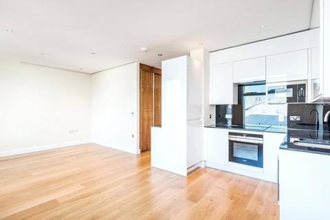 Studio to rent - Arora Tower, 2 Waterview Drive, SE10
