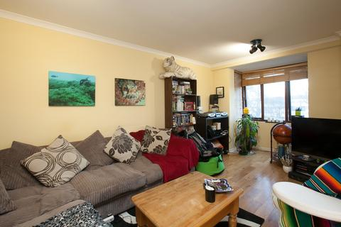 1 bedroom flat to rent - Alfoxton Avenue, Wood Green, London N15