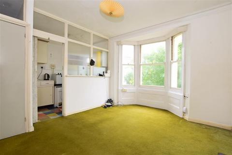 1 bedroom flat for sale - Warleigh Road, Brighton, East Sussex