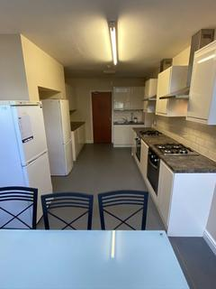 9 bedroom house to rent - Wellington Road, Fallowfield