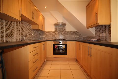 2 bedroom maisonette to rent - Tolworth Park Road, Surbiton KT6