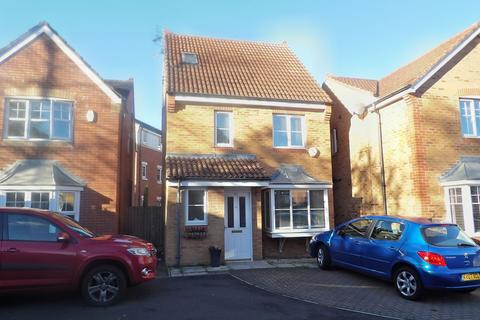4 bedroom detached house for sale - Strathmore Gardens, Harton Grange, South Shields, Tyne and Wear, NE34 0LH