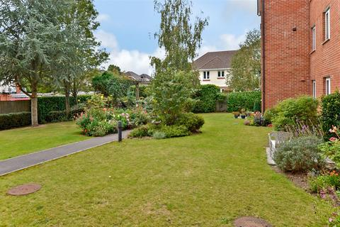 1 bedroom apartment for sale - Pinewood Court, 179 Station Road, Ferndown, Dorset, BH22