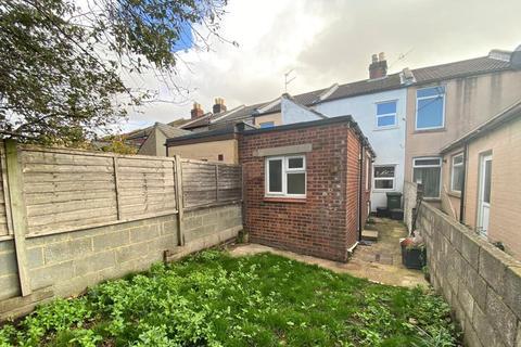 2 bedroom terraced house to rent - Southsea, Esslemont Road, Unfurnished