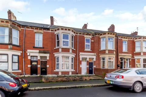 2 bedroom apartment for sale - Trewhitt Road, Heaton, Newcastle Upon Tyne, Tyne & Wear