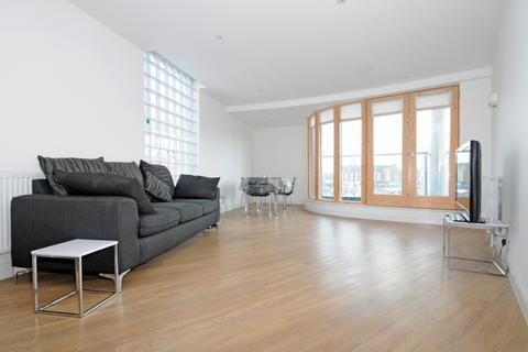 3 bedroom apartment to rent - Green Lanes Palmers Green N13